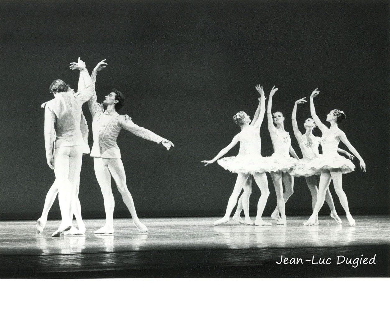 14 New York city ballet - divertissement n°15 - chor. Balanchine - 1983