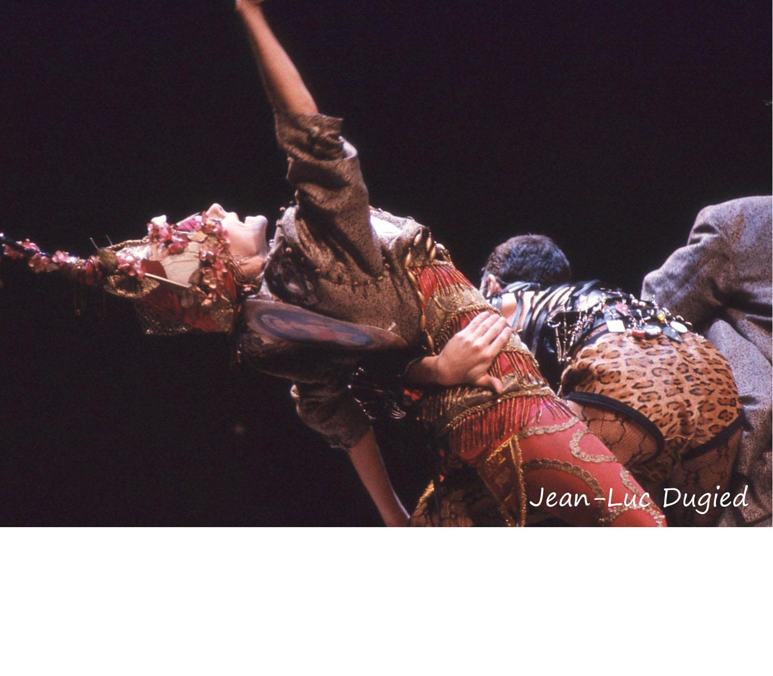 17 Chopinot Régine - le défilé de Jean-Paul Gaultier - 1985