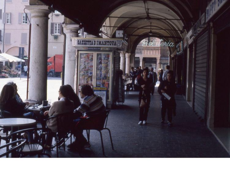 Piazza delle erbe - Mantova - 1998