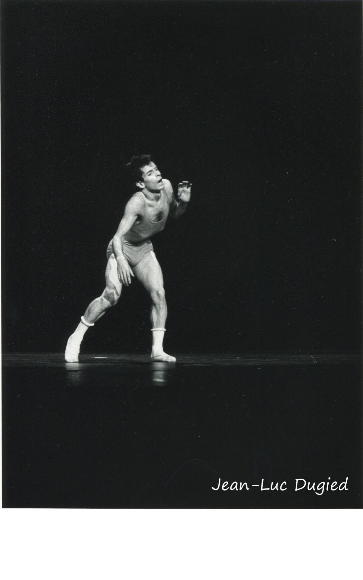 22 Béjart Maurice - nomos alpha - Victor Ullate - 1983