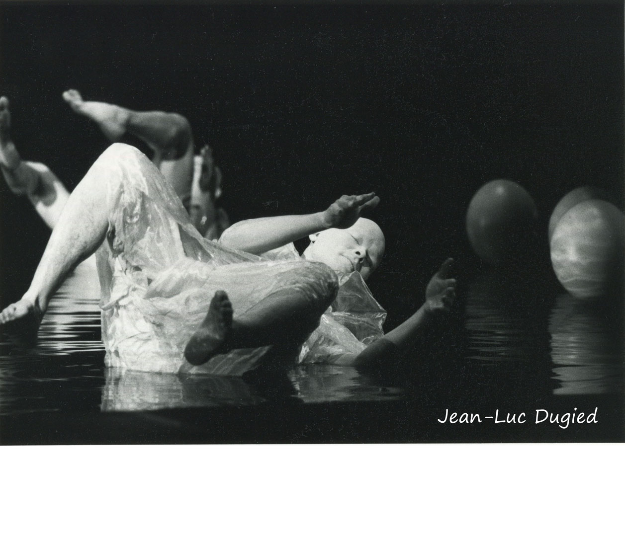 31 Sankai Juku - Unetsu (des oeufs debout par curiosité) - chor. Ushio Amagatsu - 1986