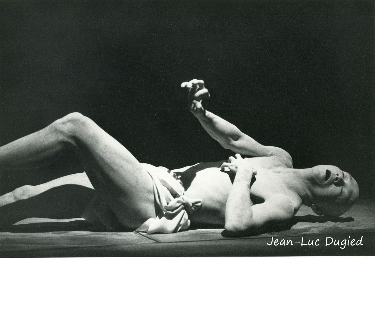36 Sankai Juku - Shijima (les ténèbres se taisent dans l'espace) - chor. Ushio Amagatsu - 1988