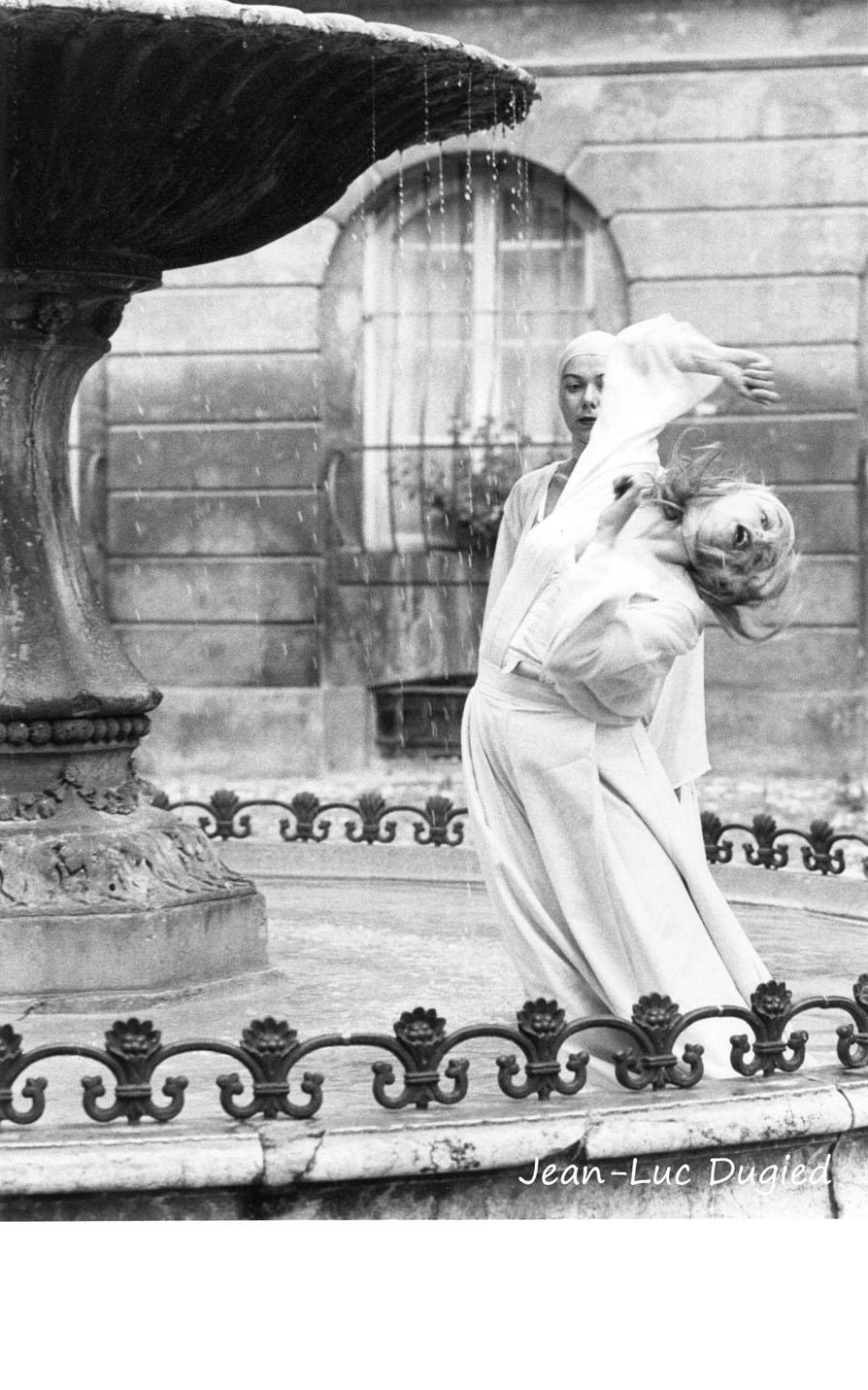 8 Hernu Nadine - accoules avec Christine van Maerrem - 1988