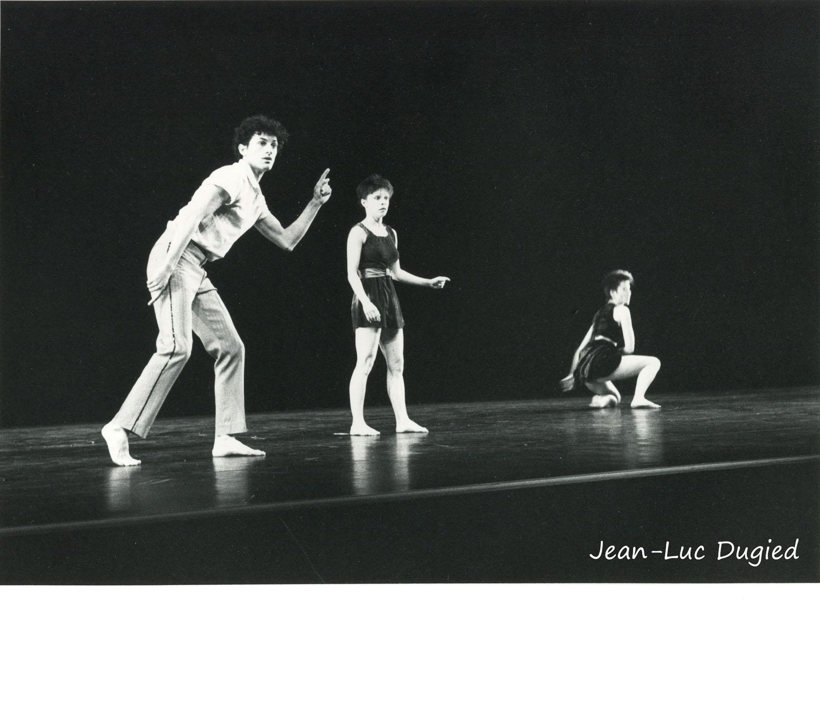 8 Roger Patrick - rendez-vous rue Henri Martin - avec Agnès David et Véronique Bauer - 1983